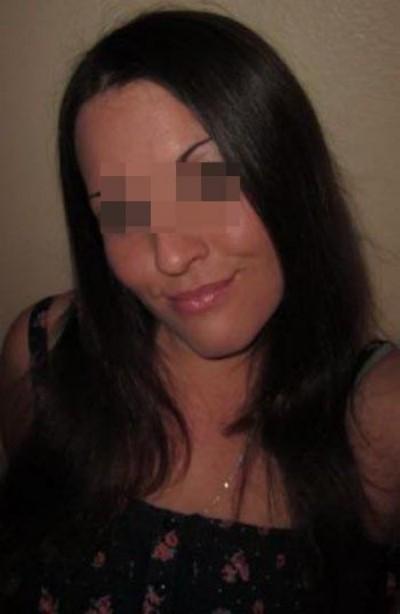 Femme aimant le sexe souhaiterait des grosses bites à sucer sur Longueau