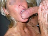 Suceuse de sexe de Dury pour une grosse turlutte